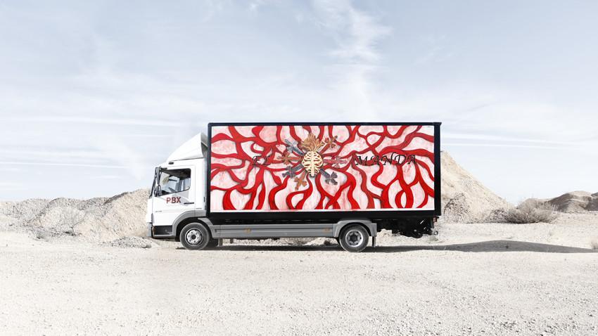 palibex-truck art project-yorokobu-arte en movimiento-marina vargas-